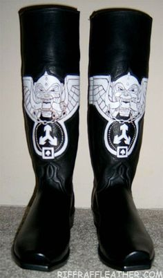 Lemmy's leather boots.                                                                                           Mehr