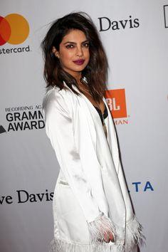 Bollywood Actress Hot Photos, Bollywood Celebrities, Indian Models, Most Beautiful Indian Actress, Priyanka Chopra, Deepika Padukone, Hottest Photos, Pretty Face, Indian Actresses