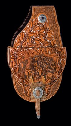 Beautifully hand crafted custom leather saddle bags by Rick C Bean Saddlery
