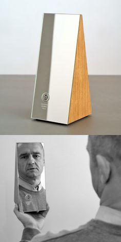 """Projekt Beza, projekt statuetki """"Człowiek Dobrej Woli #statuette #award #nagroda #awarddesign #statuetka"""