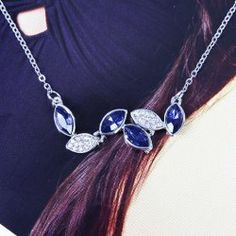 $1.38 Sparking Rhinestone Decorated Leaves Pendant Necklace For Women