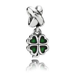 PANDORA green four-leaf clover. $50 #PANDORAcharm