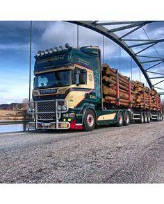 #Scania #Volvo #Daf #Mercedes #Man #V8 #europeantrucks #Volvotrucks #Mercedestrucks #kingoftheroad #r730 #fh16 #kenworth #swedishtruck #truck #renault #diesel #trucking #road #smoke #blacksmoke #truckstyle #peterbilt #americantruck #muscle #horsepower #hp #transport #Actros #iveco
