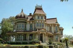 Gorgeous!  Italian/Victorian house
