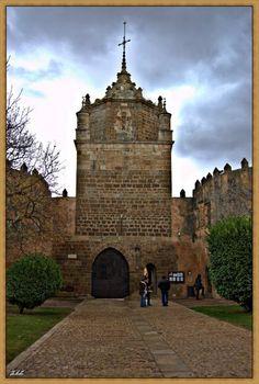 Entrada del Monasterio de Veruela...ss XIII  Zaragoza  Spain