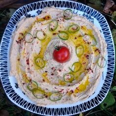 Ristet hummus Hummus, Ethnic Recipes, Food, Essen, Yemek, Meals