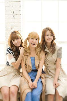 Jessica,Sunny,Yoona-Girls Generation calendar 2011 - Girls Generation/SNSD Photo (17904903) - Fanpop