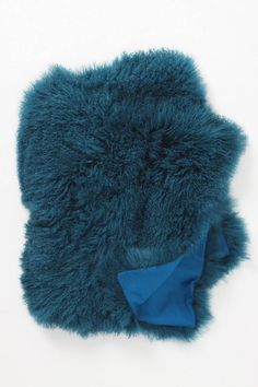 Fleece Flounce Throw from Anthropologie via design work life