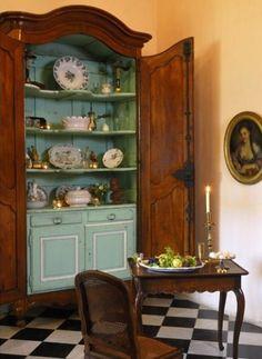 la salle à manger de Chateau Ansouis in Provence