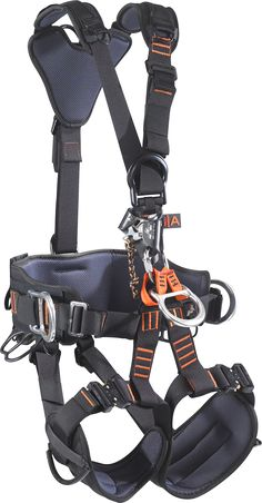 """Rescue Pro 2.0. Rope Access at its best. The concept inspiring the design of this harness was for rotor blade inspection on wind turbine generators. Well-known members of the leading rope access associations participated in the development of this """"state of the art"""" rope access product. #ropeaccess #skylotec #workatheights"""