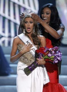 Miss USA Erin Brady as she is crowned by Miss USA 2012 Nana Meriwether.