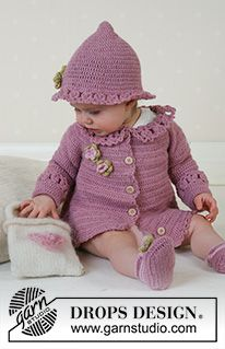 DROPS Baby - The set comprises: Cardigan, hat and shoes. - Free pattern by DROPS Design pattern instructions in British English Crochet Baby Sweater Pattern, Crochet Shoes Pattern, Crochet Baby Sweaters, Baby Sweater Patterns, Crochet Baby Clothes, Baby Patterns, Baby Knitting, Crochet Patterns, Cardigan Pattern