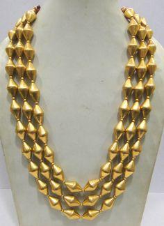Gold Jewelry Buyers Near Me Gold Earrings Designs, Gold Jewellery Design, Necklace Designs, Gold Jewelry, India Jewelry, Bead Jewellery, Jewelry Model, Beaded Necklace, Gold Necklace