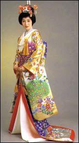 Japanese Traditional Kimonos Women | Japanese Fashion,Modern Japanese Dressing, Japanese Traditional ...