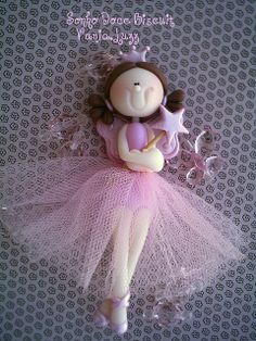 cute for girls birthday Polymer Clay Princess, Polymer Clay Dolls, Creative Area, Clay Design, Pasta Flexible, Clay Flowers, Cold Porcelain, Gum Paste, Fabric Dolls