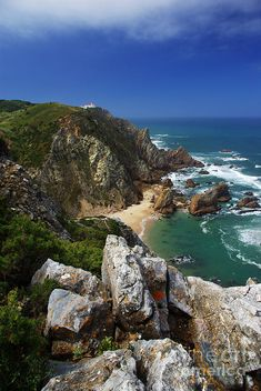 ✯ Birds eye view of the spectacular cliffs of Roca Cape and Ursa beach in Portugal