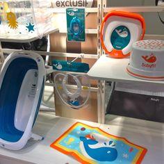 La collection bain avec la nouvelle baignoire pliante de Babyfit par Autour de bébé.  Disponible début 2017.