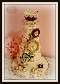 ~ Wonderful Vintage Baby shower Cake ~ just because it's so pretty