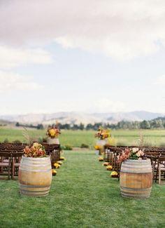 >>> fall outdoor wedding