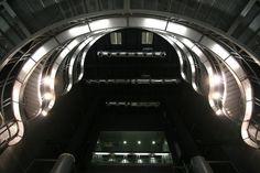 Estaciones de la Línea 9 de Metro de Barcelona: La Salut Y Llefià / Soldevila Arquitectos