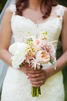 Photography: Honey Heart Photography - honeyheartphoto.com  Read More: http://www.stylemepretty.com/southeast-weddings/2014/03/28/rustic-diy-wedding-in-kentucky/