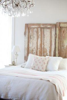 Mooi! Bed met steigerhout