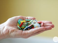 The 52 Easiest And Quickest DIY Projects Of All Time; buttons made into pretty thumb tacks