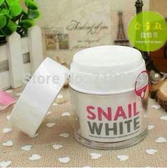 White snail cream acne whitening moisturizing rejuvenation scar moisturizing cream*foot massager  Product Price:US $47.41http://www.aliexpress.com/store/product/White-snail-cream-acne-whitening-moisturizing-rejuvenation-scar-moisturizing-cream/719034_1751814134.html
