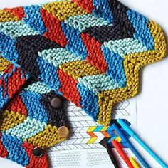 Color by number cowl