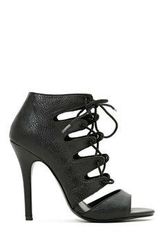 Nasty Gal Shoe Cult Jasper Sandal, $78; nastygal.com. - MarieClaire.com