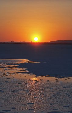 Salt lake, Siwa Oasis, Egypt by Sebastià Giralt, via Flickr, composition, palette, textures