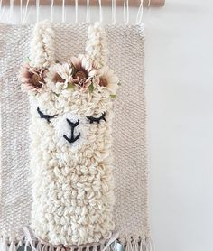 L size *llama sleepy eyes wallhanging woven wall decor nursery kidsroom Tapestry Weaving, Loom Weaving, Embroidery Patterns, Hand Embroidery, Hand Applique, Couture Main, Punch Needle Patterns, Weaving Projects, Nursery Wall Decor