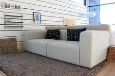Kaunis Hayn sohva ja muutenkin ihana olohuone!
