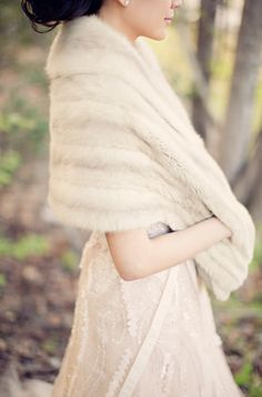 I would like a faux fur wrap for my winter wedding!!!