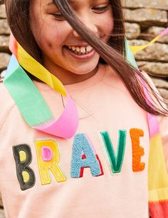 Be Bold Detailed Sweatshirt Sweatshirts at Boden Girl Trends, Slogan Tshirt, Couture Mode, Inspiration For Kids, Kids Prints, Zara, Girls Wear, Fashion Details, Pullover