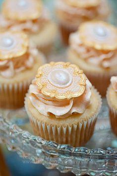 Vintage Cupcakes... ADD diy ♥❤ www.customweddingprintables.com