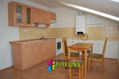 Kuchyně z novostavby bytu v Třeboni - příjemné víkendové bydlení