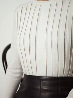 hermès vestiaire d'hiver; pleated pullover.