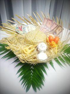 Havana party table centerpiece