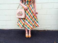 Modern June Cleaver vintage blogger