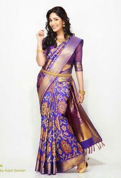 Most Beautiful Nalli Sarees Collection - Buy lehenga choli online South Indian Sarees, Indian Silk Sarees, Indian Beauty Saree, Indian Attire, Indian Wear, Indian Dresses, Indian Outfits, Nalli Sarees, Indische Sarees