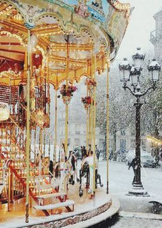 Makes me wish for wintertime again #travel #Paris #travel via www.MyFamiliyTravels.com