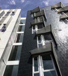 Our Glazed Thin Brick in Inkwell and a custom color make up the facade of a new building in San Francisco, 388 Fulton.