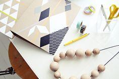 Crea Decora Recicla by All washi tape Tapas, Washi Tape Cards, Masking Tape, Diy Paper, Paper Crafts, Diy Crafts, Folder Diy, Tissue Paper Tassel, Scrapbooking