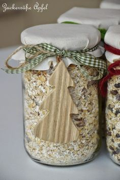 Cereal mixes in a glass, a great gift from the kitchen Gifts, glass, muesli Muesli, Christmas Presents, Xmas, Cereal Mix, Birth Gift, Jar Gifts, Kitchen Gifts, Homemade Gifts, Mason Jars