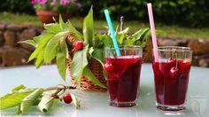 Sangria e ciliegie. Prova la ricetta classica della sangria: http://www.vinicartasegna.it/ricetta-sangria/