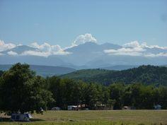 Uitzicht op de Pyreneeën vanaf Camping La Besse
