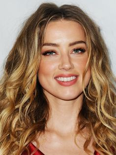 The monochromatic beauty look on Amber Heard.                                                                                                                                                                                 More
