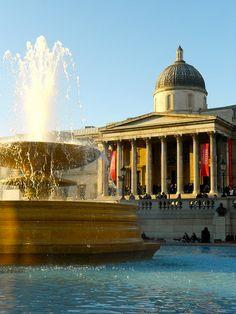 Trafalgar Square, National Gallery, London