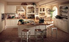 Home Interior, Truly Elegant with Classic Interior Design: Classic Kitchen Interior Design Pink Kitchen Designs, Modern Kitchen Design, Interior Design Kitchen, White Kitchen Stools, Wooden Kitchen, Kitchen Interior Inspiration, G Shaped Kitchen, Classic Kitchen, Luxury Kitchens